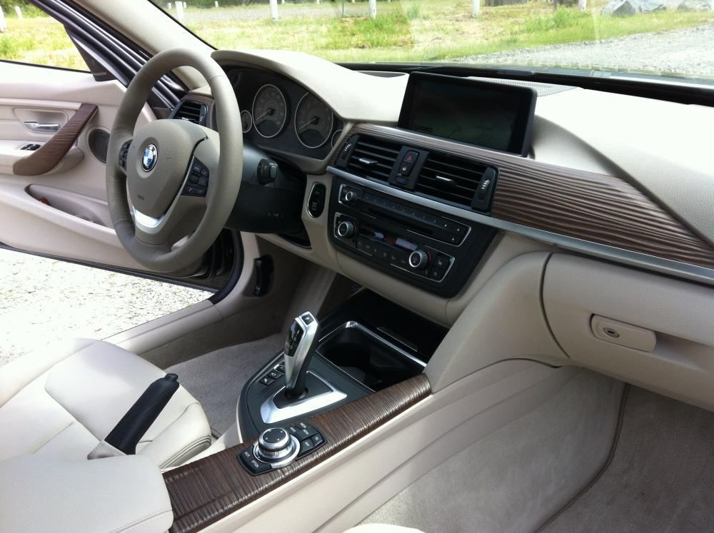 2013 bmw 328i sedan reviews autos post for Bmw modern line