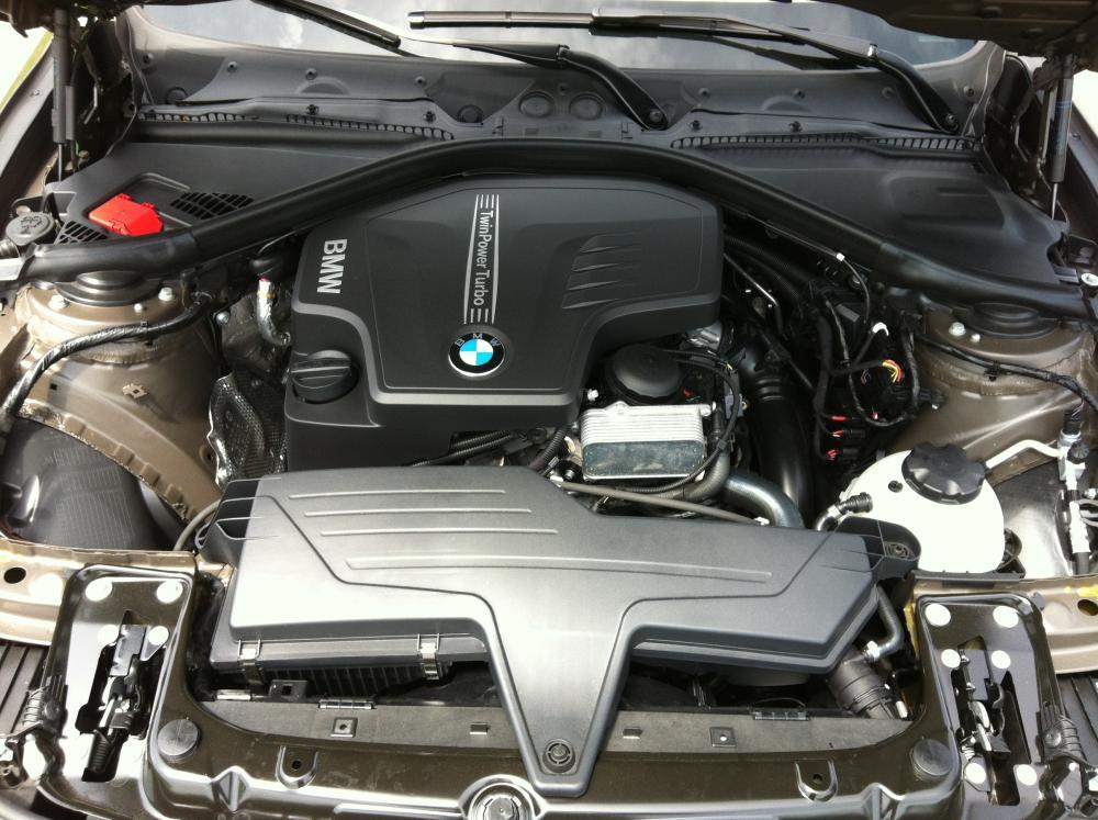 2012 BMW 328i Modern Line 044