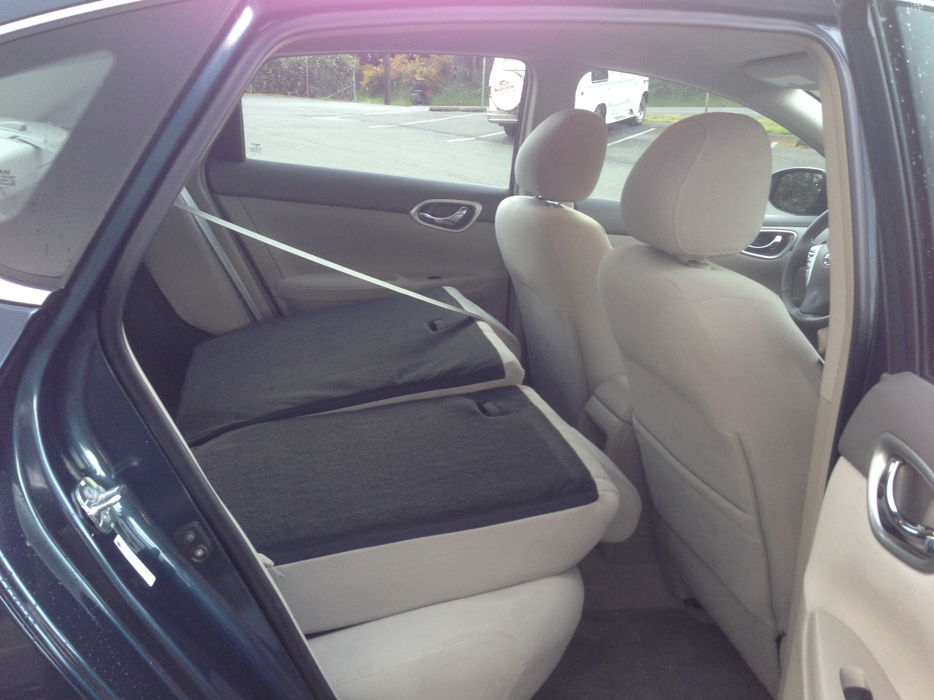 2013 nissan sentra sv 022 autosavant autosavant. Black Bedroom Furniture Sets. Home Design Ideas