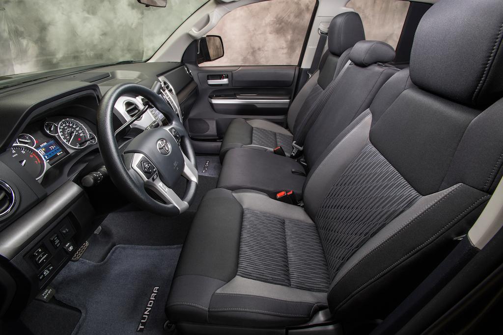 2016 Tundra Diesel >> Review: 2014 Toyota Tundra SR5 4x4 CrewMax - Autosavant | Autosavant
