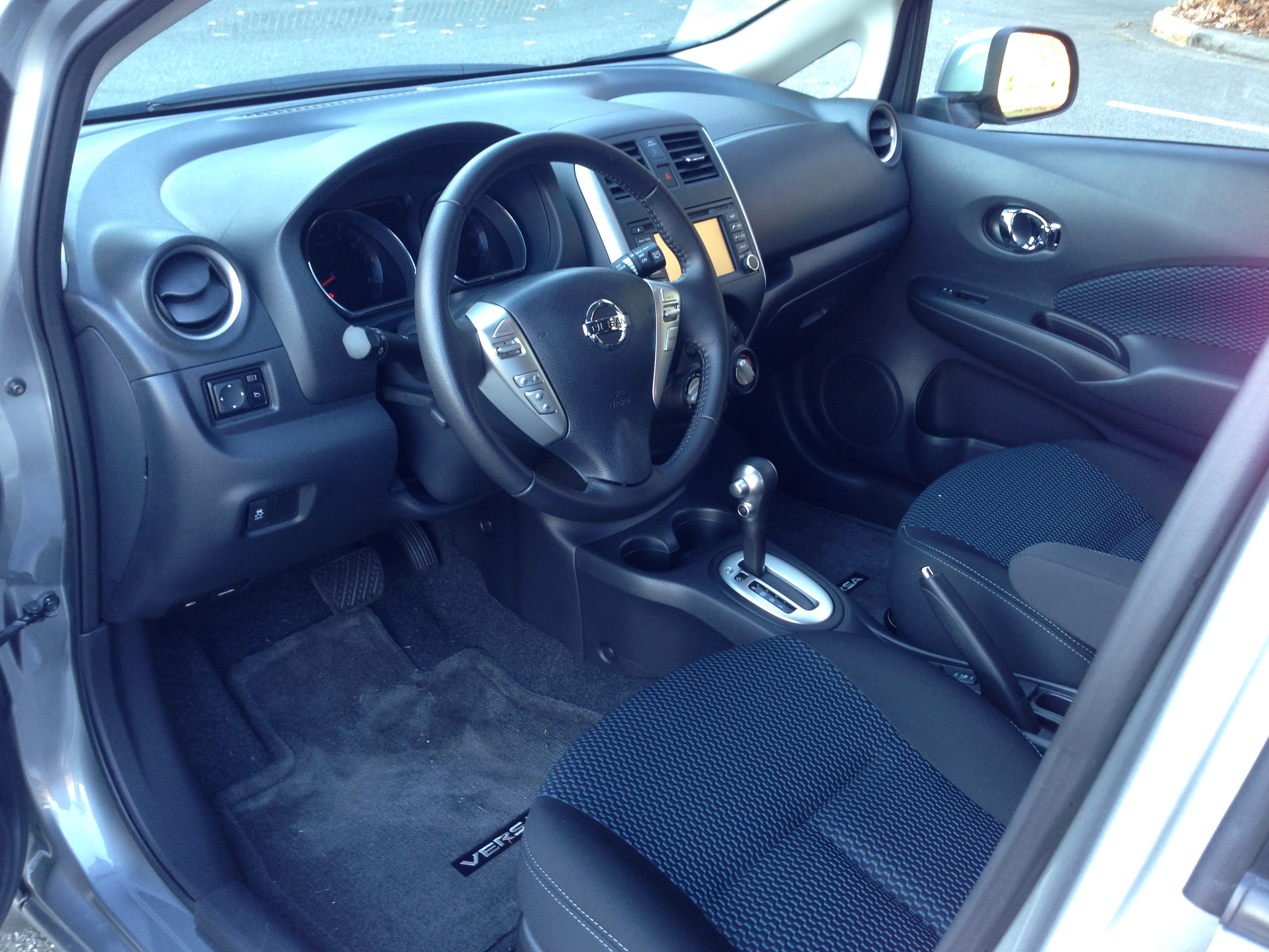 nissan versa note manual review