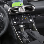 2014_Lexus_IS_350_006