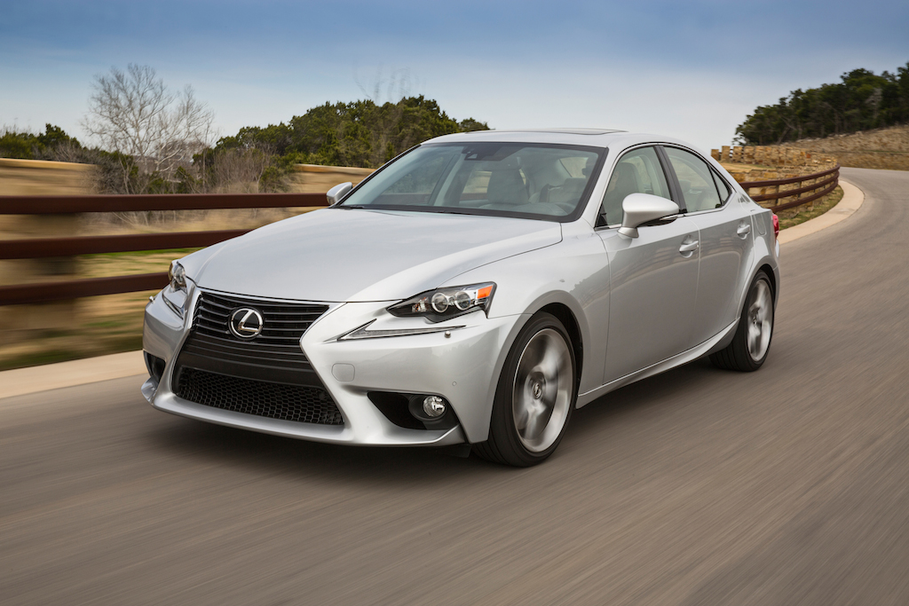 review 2014 lexus is 350 awd autosavant autosavant. Black Bedroom Furniture Sets. Home Design Ideas