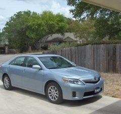 Review: 2011 Toyota Camry Hybrid