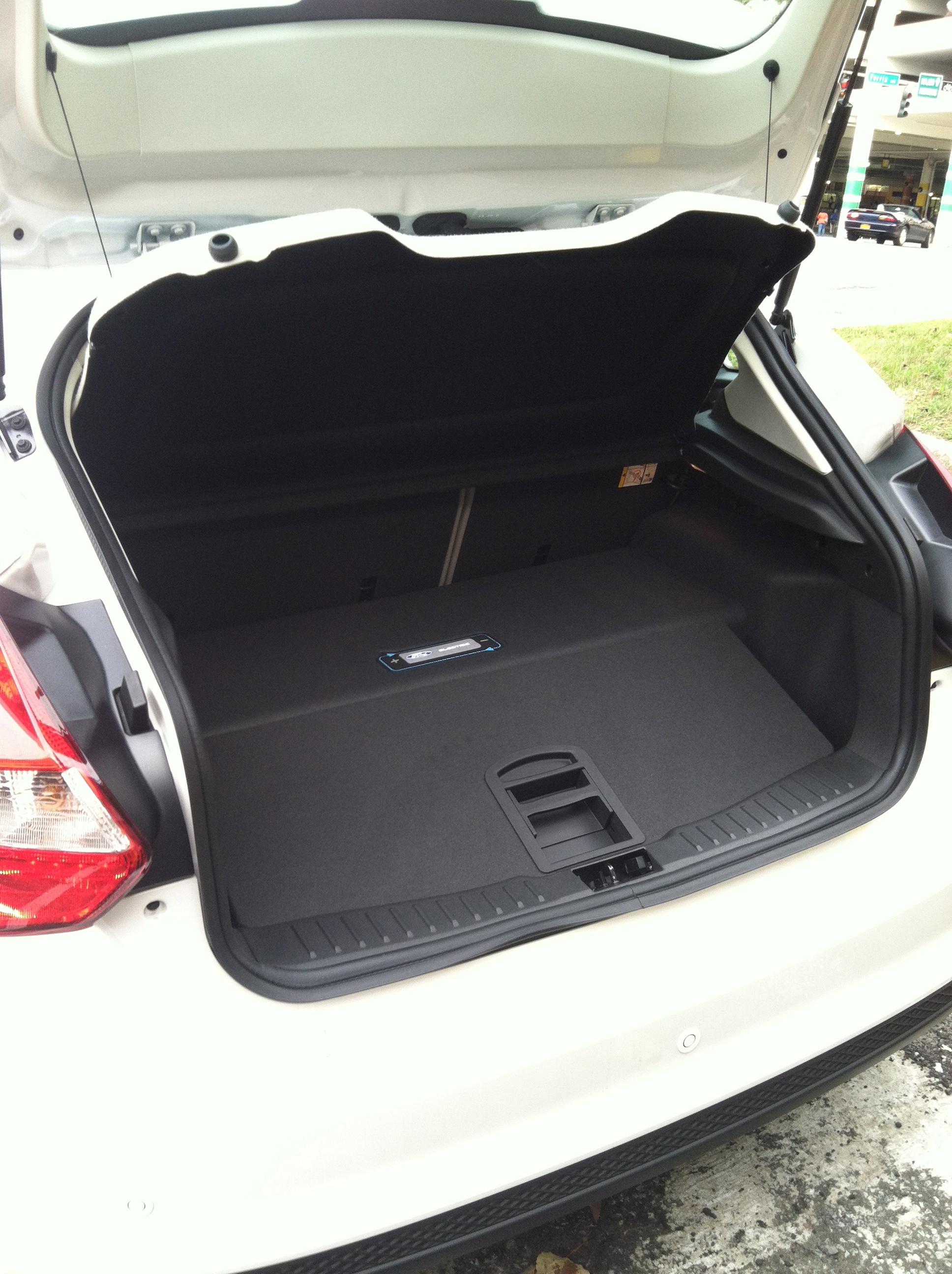 2017 Ford Focus Electric Trunk